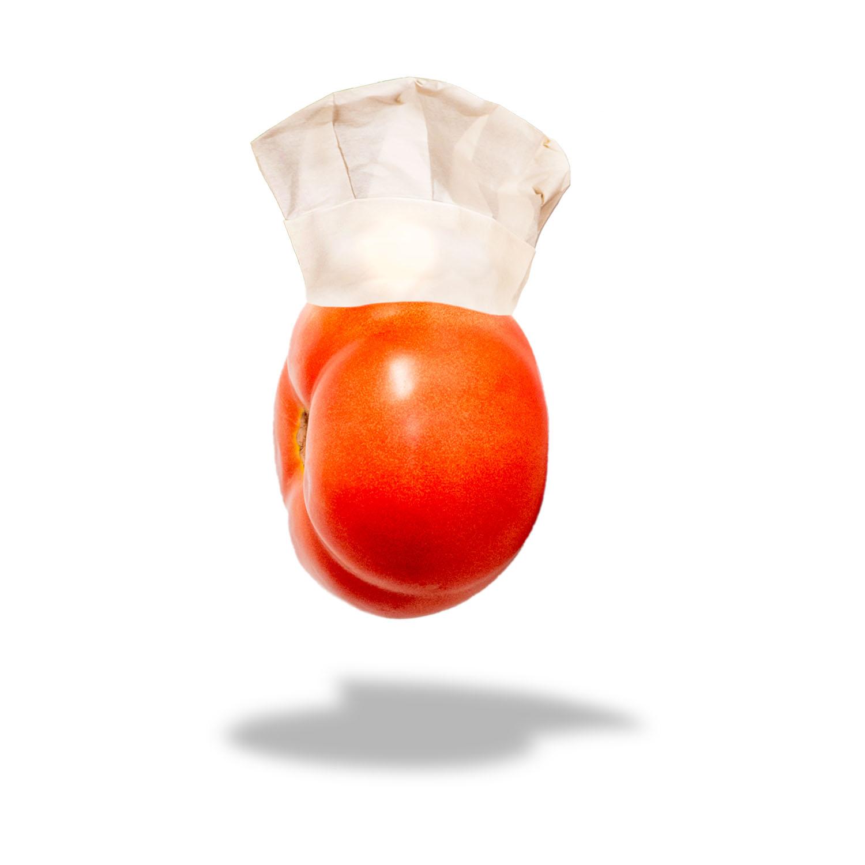 tomate con gorro de cocinero